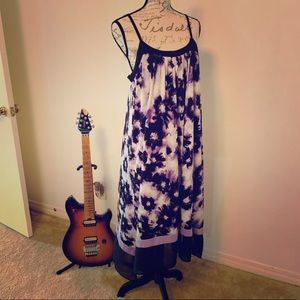 Vera Wang Intimate Gown Size M